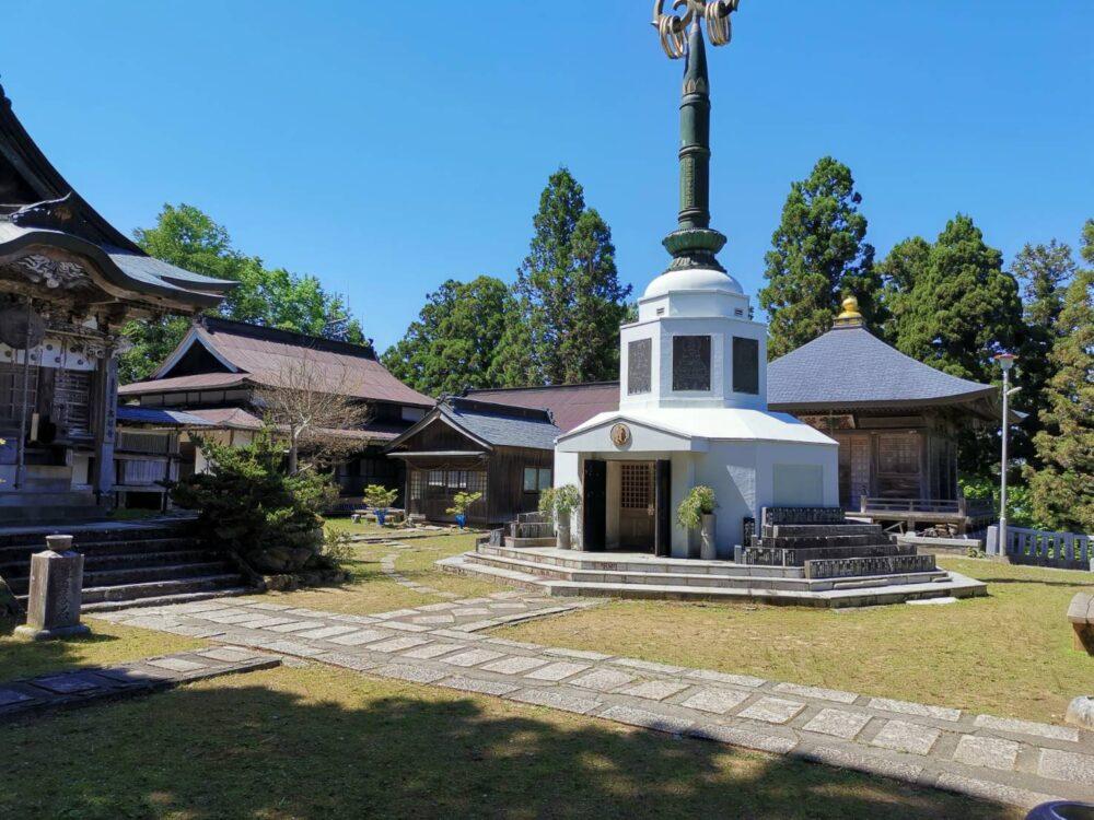 高越寺錫杖塔