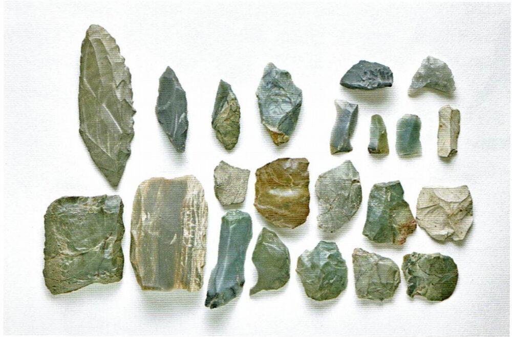旧石器時代の道具。廿枝遺跡。